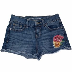 OLD NAVY JEAN SHORTS WITH FLOWER EMBROIDERY SIZE 0